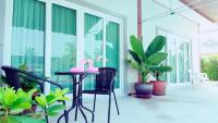 Secret Garden 2018, Penzióny - Bang Lamung