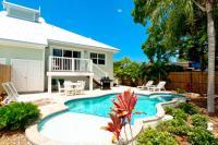 7001 B Holmes Blvd, Дома для отпуска - Holmes Beach