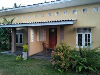 Palm Villa Nilavelli, Hotels - Nilaveli