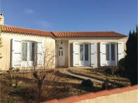 Four-Bedroom Holiday Home in La Tranche sur Mer, Ferienhäuser - La Tranche-sur-Mer