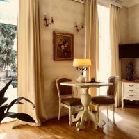 Charming Apartment in Old Town, Апартаменты - Тбилиси