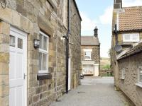 Cropton Cottage, Holiday homes - Castleton