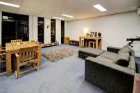 Warehouse Apartment + Netflix, Games Room and Sauna, Apartmanok - Melbourne