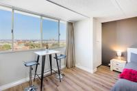 Celina's Ocean View Studio, Apartments - Fremantle
