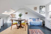 Splendid 3 Bed, 2 Bath apt in East London, Ferienwohnungen - London