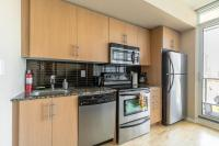 Luxury Furnished Corporate Suite in Downtown Toronto, Apartmány - Toronto