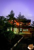 Baan Mee Oon, Vendégházak - Szankampheng