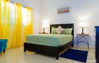Caymanas Estate Neighbor, Гостевые дома - Caymanas