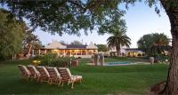Thylitshia Villa Country Guesthouse, Pensionen - Oudtshoorn