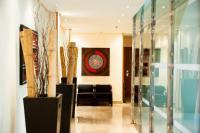 Leflet Valme, Hotels - Dos Hermanas