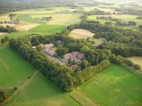 Landgoed Ehzerwold, Hotely - Almen