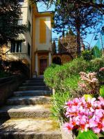Bluroom, Penzióny - Verona
