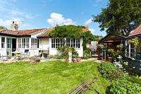 Wayside, Bed and breakfasts - Norwich