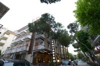 Hotel Trocadero, Отели - Риччоне