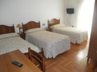 Hostal Los Andes, Guest houses - Madrid