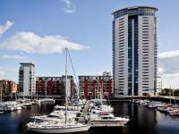 Marina Apartment, Apartmány - Swansea