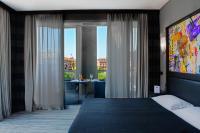Twentyone Hotel