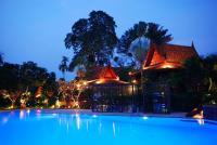 Sugar Hut Resort & Restaurant, Resorts - Pattaya South
