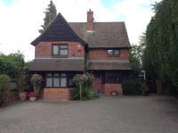 Tudor Cottage (Bed & Breakfast)