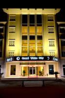 Grand White City Hotel, Отели - Берат