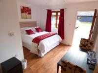 The Old Stable Yard, Bed and breakfasts - Dartford