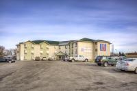Motel 6 - Regina, Motels - Regina