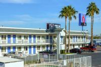 Motel 6 Phoenix Airport - 24th Street, Hotels - Phoenix