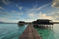 Pom Pom Island Resort, Rezorty - Pom Pom