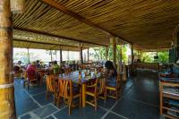 Mucumbli, Turistaházak - Ponta Figo