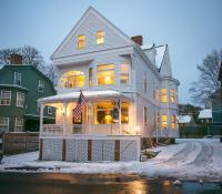 Chart House Inn, Мини-гостиницы - Ньюпорт