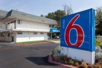 Motel 6 Davis - Sacramento Area, Hotely - Davis