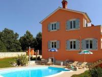 Apartment Villa Brig, Ferienwohnungen - Tinjan
