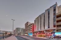 Palm Beach Hotel, Szállodák - Dubaj