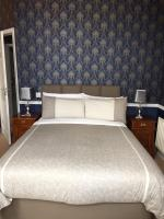 Albany Lodge (Bed & Breakfast)