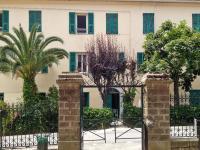 Apartment place de la Mairie, Apartments - Venaco