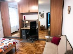 noclegi Kraków Sunny apartment. 5 minutes walk from Main Sqare.