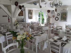 Le Clos Nicolas, Hotel  Eugénie-les-Bains - big - 27
