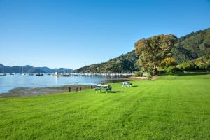Bay Vista Waterfront Motel, Motels  Picton - big - 71