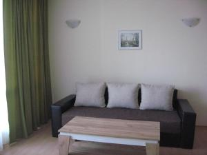 Chateau Aheloy, Apartmánové hotely  Aheloy - big - 53