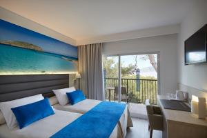 Invisa Hotel Club Cala Blanca, Hotely  Es Figueral Beach - big - 15