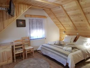 Guesthouse Green Valley, Penzióny  Jezerce - big - 6