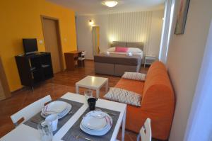 Apartment Casa Nova, Apartmány  Rovinj - big - 24