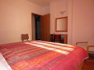 Apartments Staničić, Apartmány  Brela - big - 63
