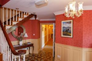 Tower View B&B, Bed and Breakfasts  Dingle - big - 5