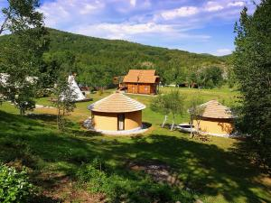 Linden Tree Retreat and Ranch