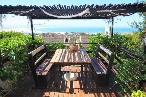A1 Kynaston Accommodation, Bed and Breakfasts  Jeffreys Bay - big - 133