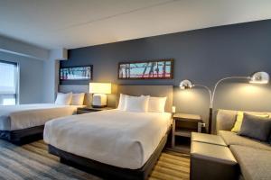 Люкс с 1 спальней, 2 кроватями размера «queen-size» и ванной - Подходит для гостей с ограниченными физическими возможностями