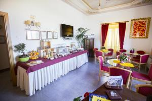 Villa Margherita, Bed and Breakfasts  Cefalù - big - 69