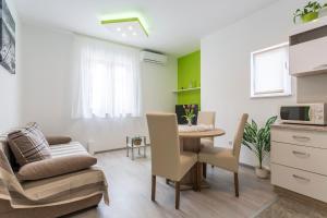 Apartman Sky, Apartmanok  Podstrana - big - 11