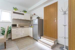 Apartman Sky, Apartmanok  Podstrana - big - 18